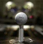 Pourquoi les golfeurs utilisent-ils la Pro V1 Titleist?- Vidéo